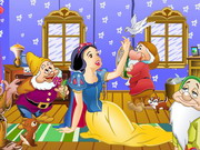Snow White In Forest House Game