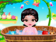 Fairytale Baby Snow White Caring Game